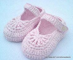 Sanny Artes & Hobbies: Passo a passo de Sapatinho de Bebe em Crochet