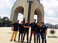 Nuestros instructores son los encargados de ofrecer la experiencia a los alumnos, entre ellas destacan competencias nacionales de robótica y 2 de ellos participación en un Mundial de Robótica en Anaheim, California 2013. En constante crecimiento para otorgarles a ustedes un curso de calidad.