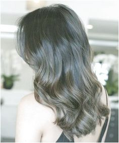 Simply the Best Hair Shades for Brunettes Short Brunette Hair, Brunette Hairstyles, Brunette Color, Cool Hairstyles, Hair Color Dark, Brown Hair Colors, Cool Hair Color, Dark Hair, Shoulder Length Hairdos