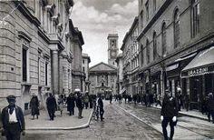 Banco di Napoli il cui presidente oggi è Maurizio Barracco fa parte della storia di Napoli come testimonia questo splendido scatto di una Napoli d'altri tempi   Scoop.it