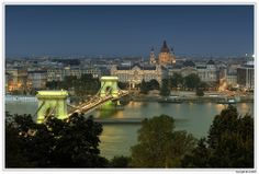 The lights of the Chain Bridge are green for a minute right after they switch it on.