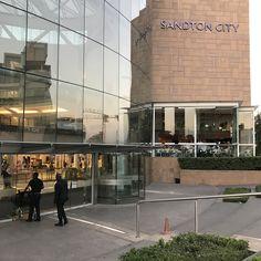 sandton-city-shopping-centre-johannesburg-south-africa