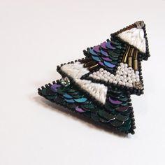 SHAO / 聖誕樹 手工刺繡胸針