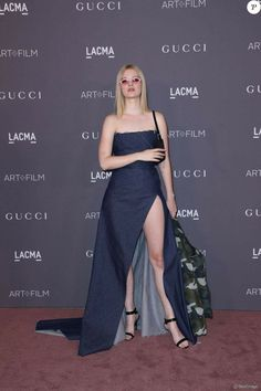 Ellie Fanning, Dakota And Elle Fanning, Art Fil, Strapless Dress Formal, Formal Dresses, Red Carpet Event, Girl Inspiration, Mean Girls, Red Carpet Looks