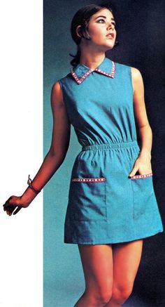 1972 Deirdra Wig Seventies Fashion Flower power et