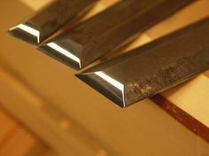 Sharpening chisels—forget weaker micro bevels - Paul Sellers' Blog