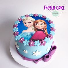 Torta Frozen Colombia - cake by Giovanna Carrillo Elsa Birthday Cake, Frozen Themed Birthday Cake, Special Birthday Cakes, Disney Frozen Birthday, Birthday Parties, Anna Frozen Cake, Bolo Frozen, Frozen Cupcakes, Snowflake Wedding Cake