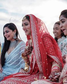 SomeNew Lehenga Colours You Have Not Seen Before - Awesonelifestylefashion Lots of you want to experiment with your lehenga colo. Indian Wedding Bride, Indian Wedding Outfits, Bridal Outfits, Indian Weddings, Bengali Wedding, Bengali Bride, Punjabi Bride, Bridal Dresses, Bride Photography