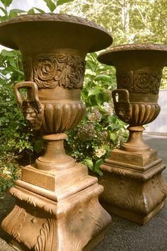 pedestal urns
