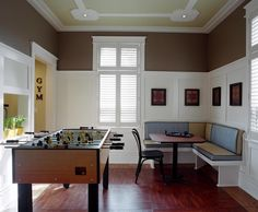 Games Room - traditional - family room - montreal - Wow Great Place