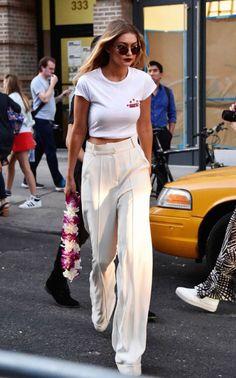 PANTALONA: Quer saber qual é o modelo de... - FashionBreak