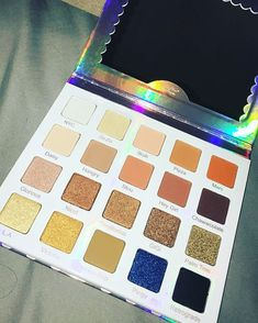 Youtube collabs are absolutely our JAM. Violet Voss's collab with Nicol made this beauutiful eyeshadow palette with so many awesome shades in shimmers and mattes! So much you can create with so much inspiration from Nicol!