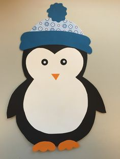 CLASS ART: Window Decoration: Penguin & Freebie - basteln mit kindern - Deco Home Winter Crafts For Toddlers, Toddler Crafts, Diy For Kids, Kids Crafts, Diy And Crafts, Winter Home Decor, Winter House, Decoration Creche, Class Decoration