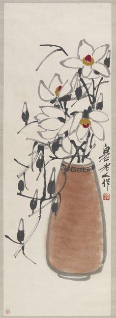 QI BAISHI (1864-1957) Magnolia Ink and color on paper; hanging scroll 齊白石(1864-1957) 木蘭 設色紙本 立軸 款識:白石老人作 鈐印:白石翁(白)
