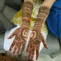 17 Best Rajasthani Mehndi Designs for Hands - Mehndi YoYo Rajasthani Mehndi Designs, Dulhan Mehndi Designs, Mehendi, Hand Mehndi, Henna, Mehndi Designs For Hands, Groom, Design Inspiration, Bride