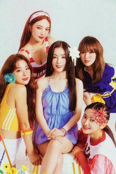 Red velvet summer magic power up Irene Red Velvet, Red Velvet Joy, Black Velvet, Velvet Style, Red Velvet Seulgi, K Pop, Kpop Girl Groups, Korean Girl Groups, Kpop Girls