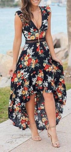Fifi backless maxi boho beach dress - Love this floral high low maxi dress Source by - Stylish Dresses, Elegant Dresses, Cute Dresses, Casual Dresses, Fashion Dresses, Floral Dresses, Awesome Dresses, Floral High Low Dress, Woman Dresses