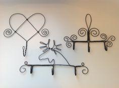 "Hooks made with metal wire (a craft called ""luffarslöjd"" in Swedish). Metal Coat Hangers, Wire Hangers, Wire Tutorials, Jewelry Making Tutorials, Wire Crafts, Metal Crafts, Art Fil, Hanger Crafts, Scandinavian Folk Art"