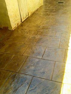 Pavimento de hormig n impreso con ankare zaline cuero - Pavimento de corcho ...