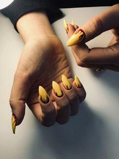 How to choose your fake nails? - My Nails Aycrlic Nails, Matte Nails, Stiletto Nails, Hair And Nails, Cute Acrylic Nail Designs, Cute Acrylic Nails, Fire Nails, Nagel Gel, Halloween Nails