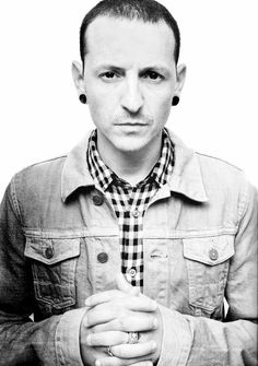 Chester Charles Bennington (March 20, 1976 – July 20, 2017) was an American singer and songwriter best known as the frontman for the rock band Linkin Park. He was also the lead singer for Dead by Sunrise and fronted Stone Temple Pilots from 2013 to 2015