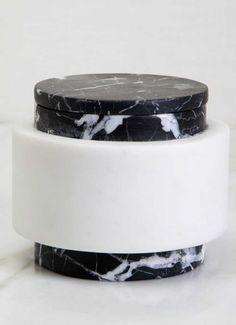 KELLY WEARSTLER   MEDIUM MELANGE JAR. Hand-sculpted marble