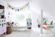 attic1.jpg (550×366)