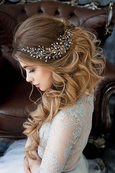 18 Bridal Hair Accessories To Inspire Your Hairstyle ❤ See more: http://www.weddingforward.com/bridal-hair-accessories-to-inspire-hairstyle/ #weddings #hairstyles