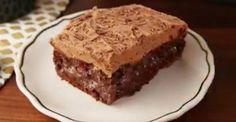 Épatez la galerie avec ce succulent «Poke Cake» au Baileys!