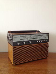 Wega Team 1000 radio with speaker unit by Tuusa, via Flickr