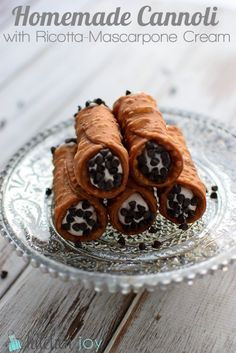 Homemade Cannoli With Mascarpone Cream Recipe — Dishmaps