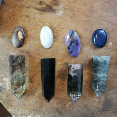 This is how it starts. With crystals. New once came in a few days ago, and I cant wait to get started.   This time the jewllery will be big and powerfull.  💖
