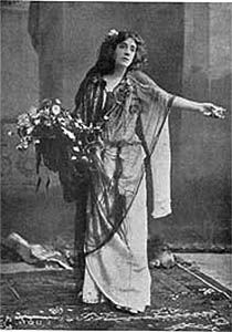 Mrs. Patrick Campbell as Ophelia in Shakespeare's Hamlet at the Lyceum , London 1817.