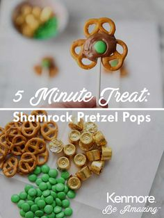 Got 5 minutes and some extra Easter candy? Check out this sweet treat idea. St Patricks Day Crafts For Kids, St Patricks Day Food, Holiday Recipes, St Patrick Day Treats, Easter Candy, Easter Food, Irish Recipes, Irish Meals, Biscuits