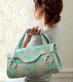 Free Amy Butler Blossom Bag PDF pattern