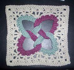Friendship Rings Square... Free pattern!