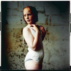 Hellen van Meene - Untitled - 1997 - © Hellen van Meene - courtesy Yancey Richardson Gallery, New York