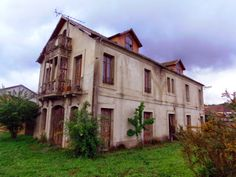 Otra arquitectura 04. Casas singulares en Monforte de Lemos, Lugo.