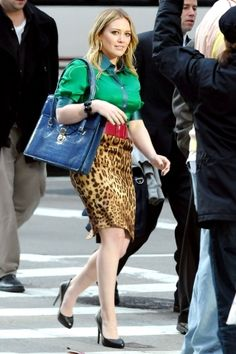 Hilary Duff - - on the set of 'Beauty & the Briefcase' Beauty And The Briefcase, Leopard Outfits, Leopard Print Skirt, Satin Blouses, Hilary Duff, Collar Blouse, The Duff, Elegant Woman, Falling In Love