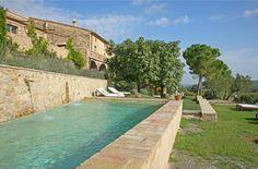 Tuscan style – Mediterranean Home Decor Luxury Swimming Pools, Dream Pools, Swimming Pool Designs, Rustic Pergola, Small Pools, Plunge Pool, Tuscan Style, Stone Houses, Berg