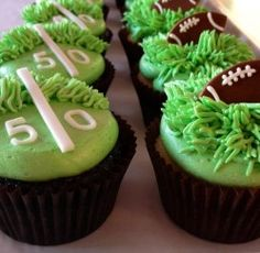 Football Cupcakes | Sweet Discoveries