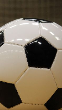 World Football Commentaries: Product Review: adidas Nemeziz