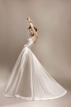 Elodie Fontan bon dieu robe - Wedding dress from Bon Dieu