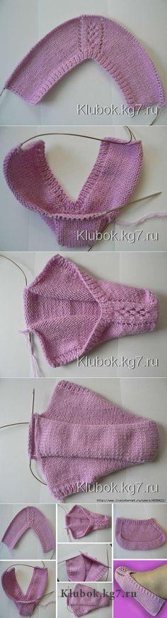 Knitting Pattern - Knitted Hat - Drawstring with Bow - - Fingerless Hand .Knitting pattern - knitted hat - drawstring with bow - - fingerless glove - bow drawstring fingerless glove hat Free Crochet Socks, Knitted Slippers, Knit Or Crochet, Easy Crochet, Slipper Socks, Crochet Clothes, Circular Knitting Needles, Knitting Stitches, Knitting Socks