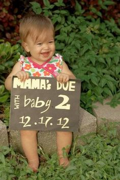 cute pregnancy announcement by etta