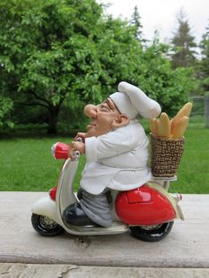 French Chef Figurine on Scooter Warren Stratford Comical Montreal Canada Plates