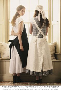 Like the oversized aprons - they come in handy around here!  Printemps été 2013