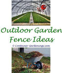 Garden Design Magazine Italian courtyard Garden art and Small