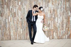 bride and groom, posing, perfection, backdrop