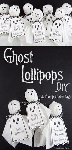 Halloween Tags, Diy Haloween, Happy Halloween, Halloween Mignon, Dulces Halloween, Feliz Halloween, Manualidades Halloween, Halloween Treats For Kids, Halloween Party Favors